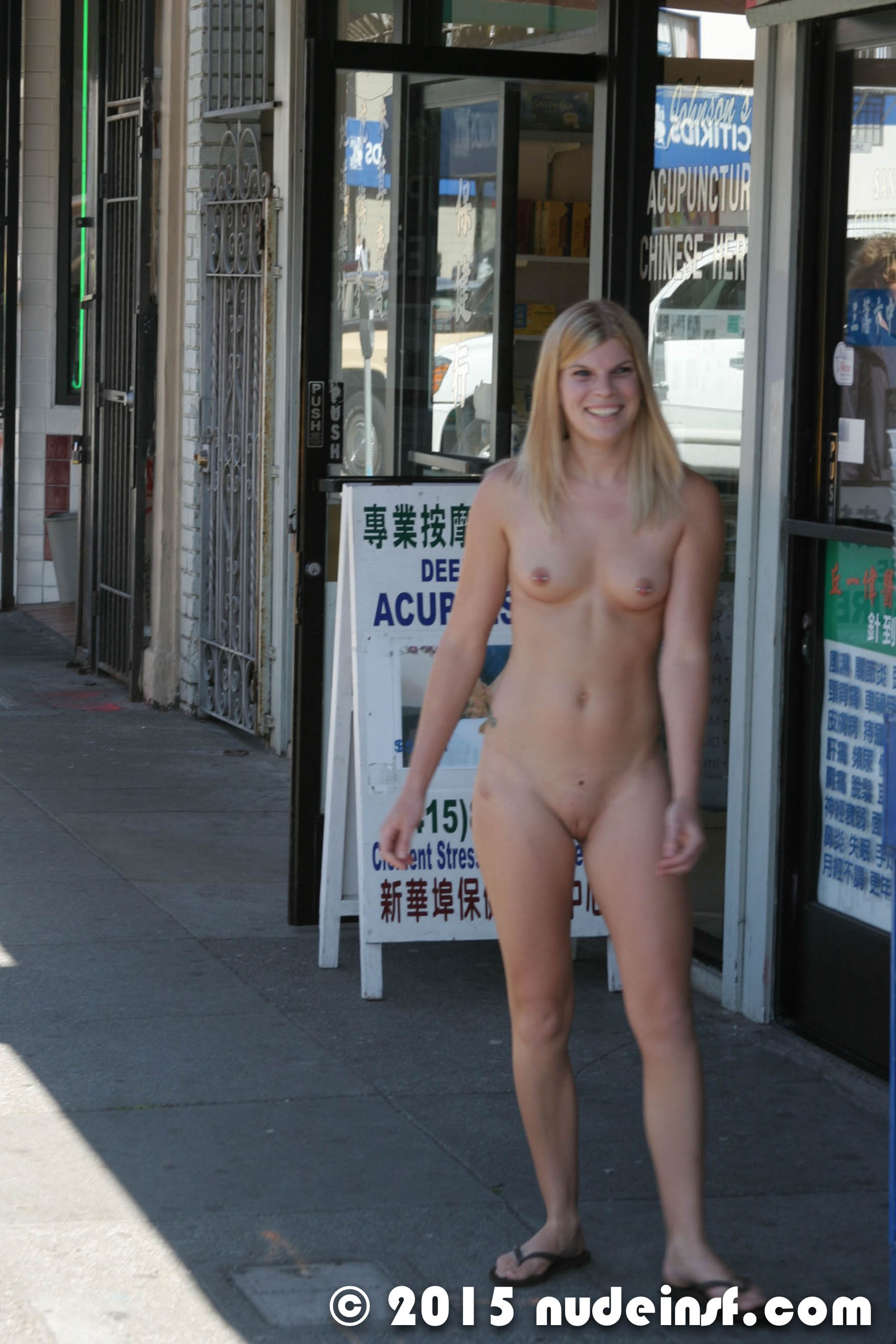 Teen naked troc city