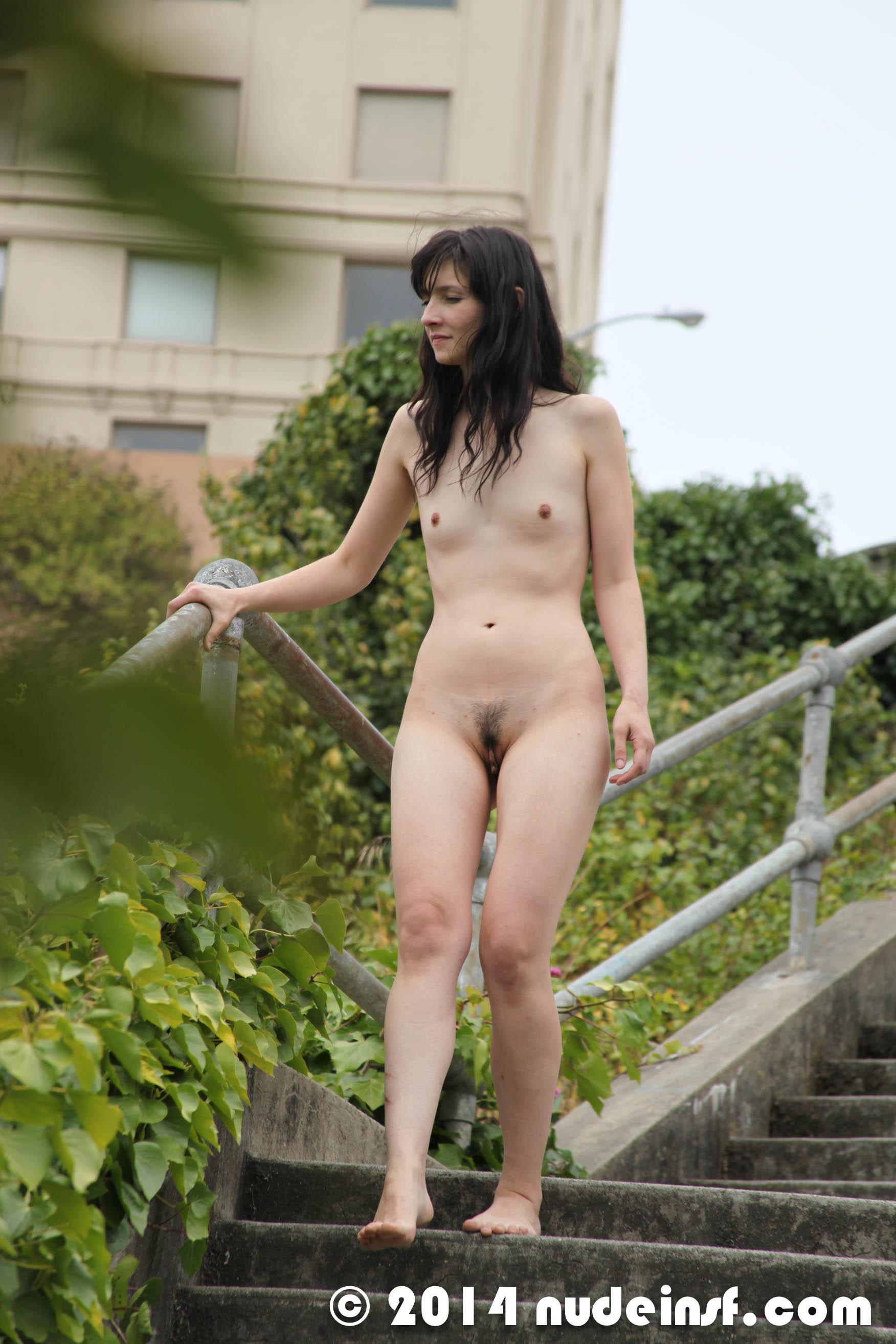 girls-naked-sf
